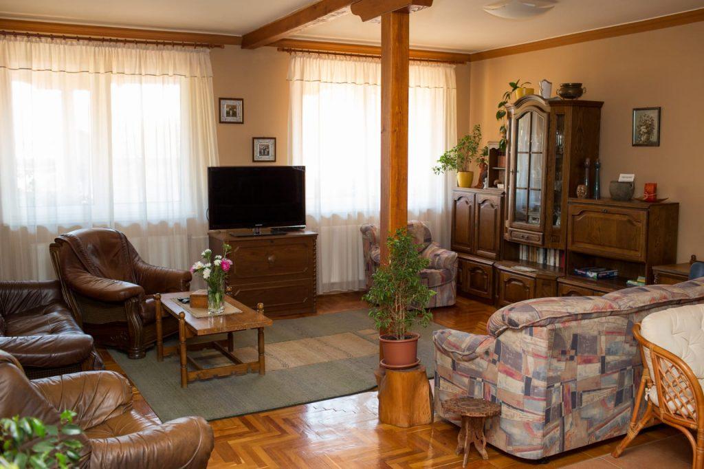 Napartman Vendégház nappali helyiség